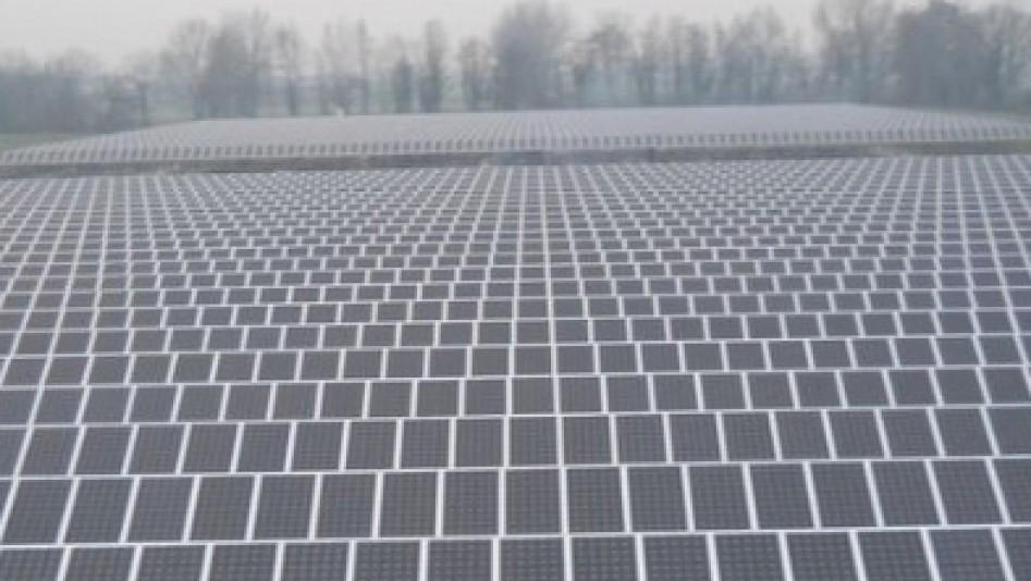 fotovoltaicovetrina01.jpg